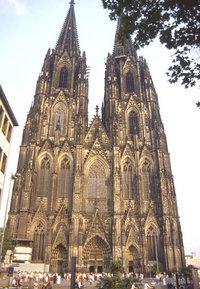 Lista del Patrimonio Mundial. 200px-Catedral_de_Colonia_(Alemania)_EL